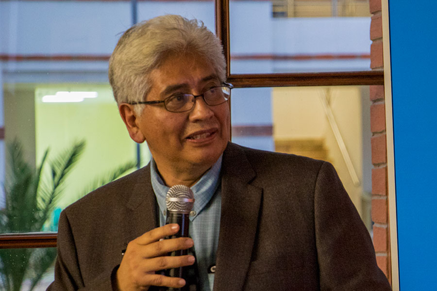 Carlos Castillo-Chávez at University of Washington