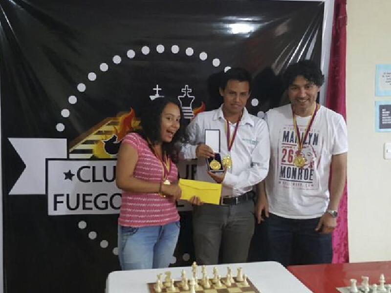 Yachay Tech campeona de ajedrez