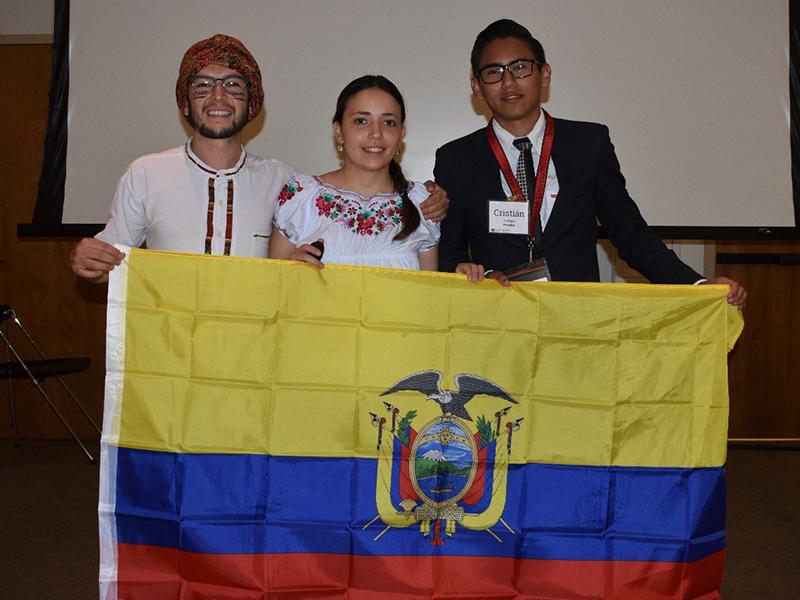 Estudiante de Yachay Tech recibe subvención de Estados Unidos