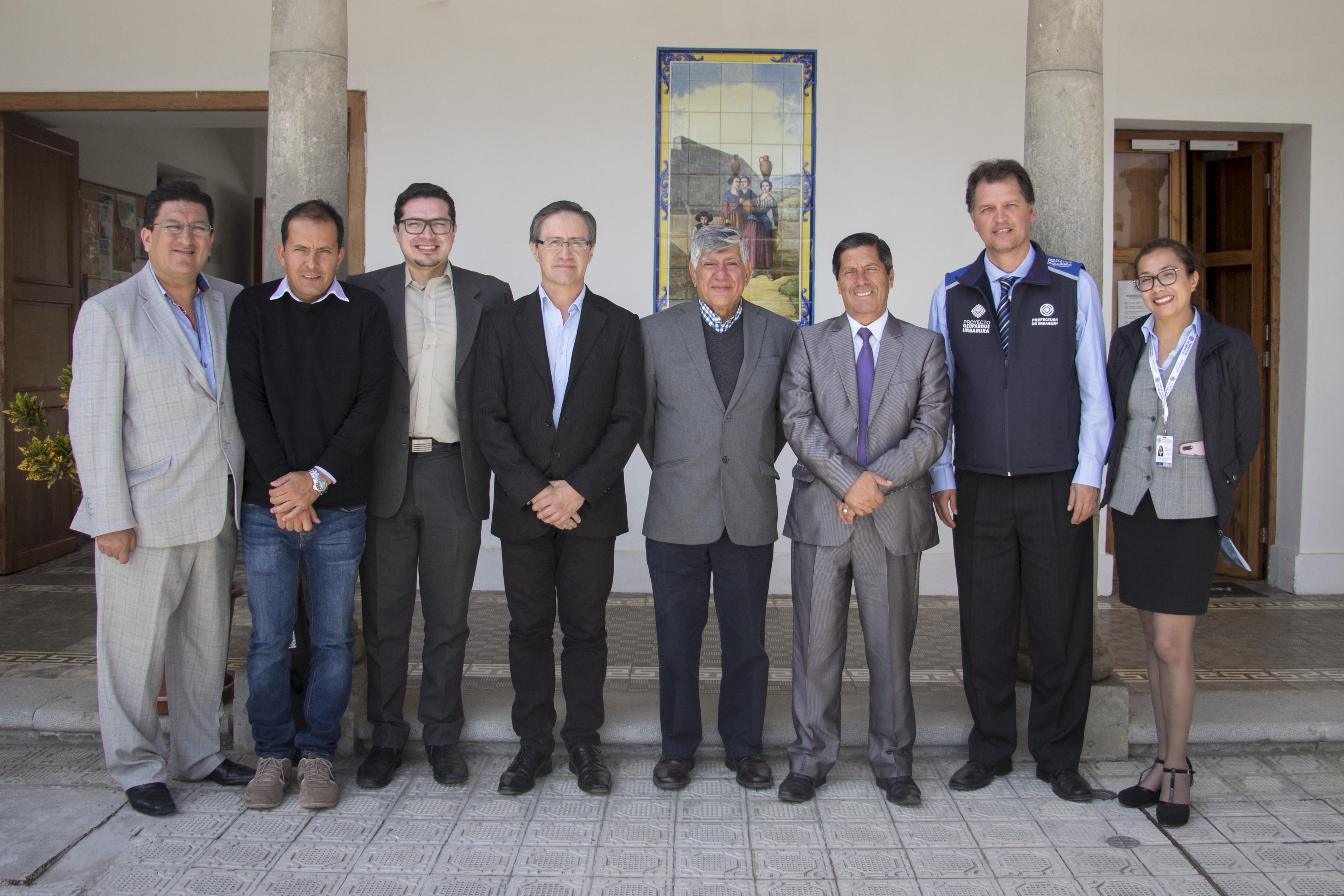 Yachay Tech y Prefectura de Imbabura firman convenio
