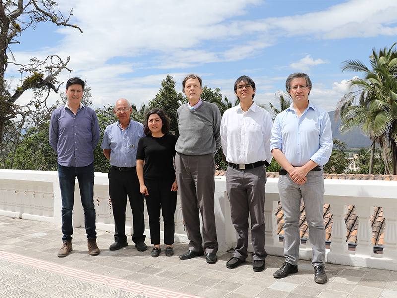 Yachay Tech recibe la visita del IIGE