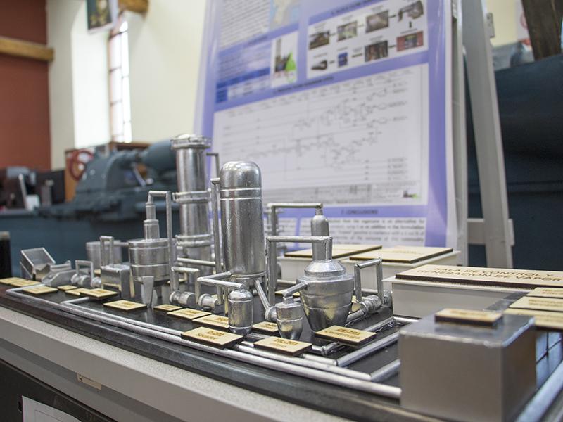 Estudiantes de Yachay Tech diseñan planta de producción de Etanol