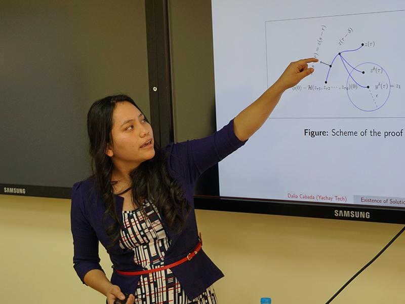 Primera Matemática de Yachay Tech produjo tres publicaciones científicas