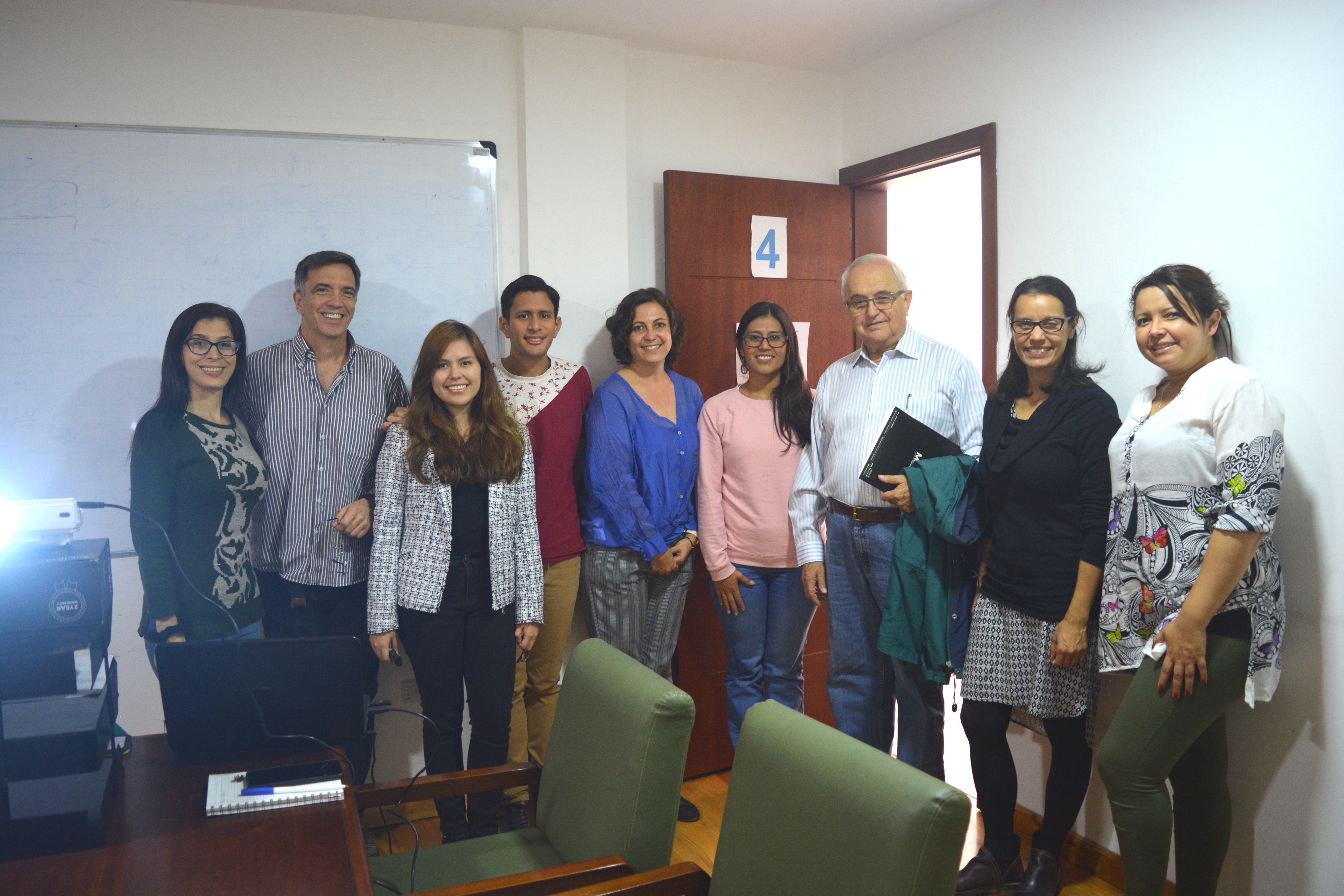 STUDENTS CONDUCT RESEARCH IN AVOCADO AGROINDUSTRY